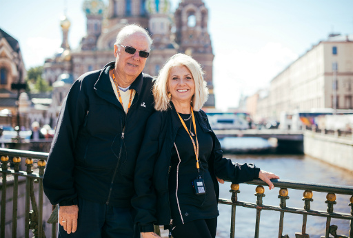 Happy Tourists Saint Petersburg Tour