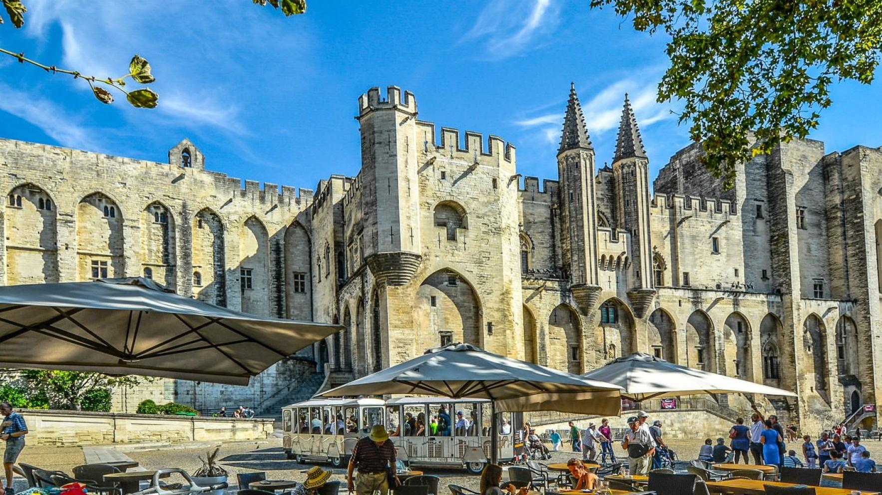 Top 5 Avignon Tourist Attractions
