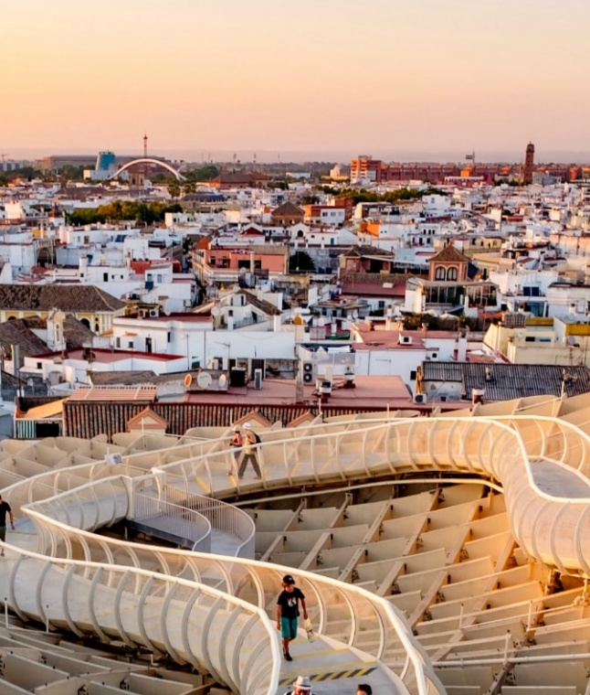 Top 8 Places to See in Seville